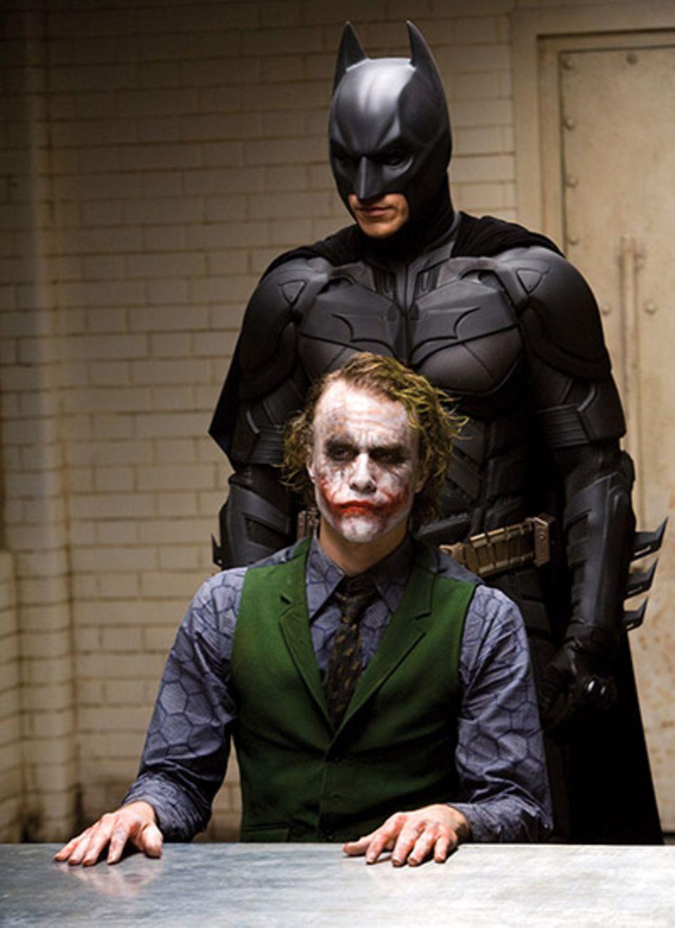 """Selten hat das Spiel von Gut und Böse soviele Facetten bekommen wie bei """"Batman - The Dark Knight"""". 2008 bekam Heath Ledger Post"""