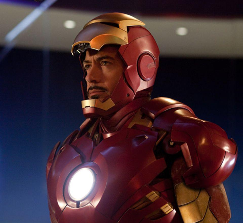 """Auch im zweiten Teil von """"Iron Man"""" zieht Robert Downey Jr. seine Rüstung über."""