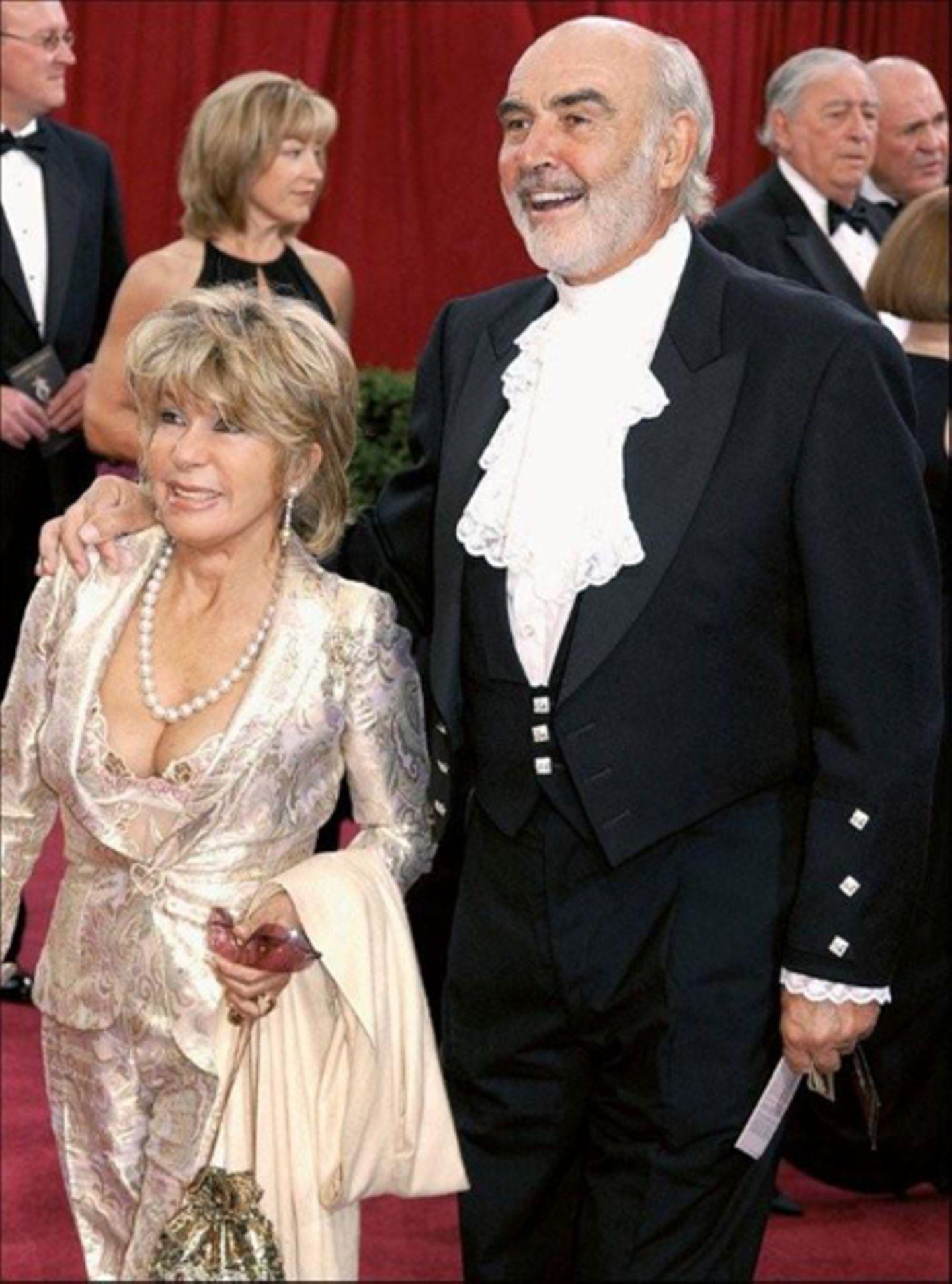 Mit seiner Frau Micheline Roquebrune bei der Oscar-Verleihung 2003.