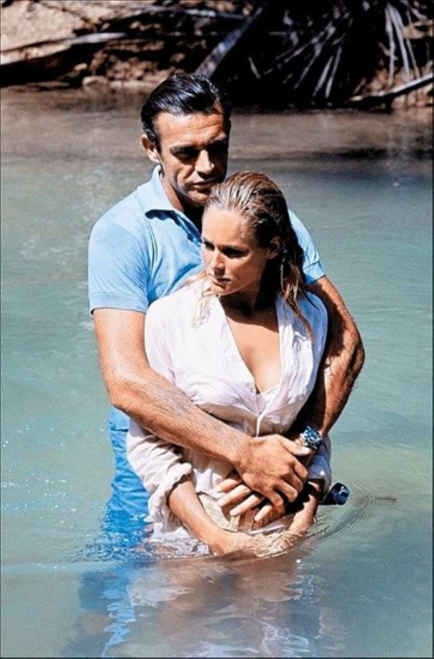 """Sean Connery mit Co-Star Ursula Andress in """"Dr. No""""."""