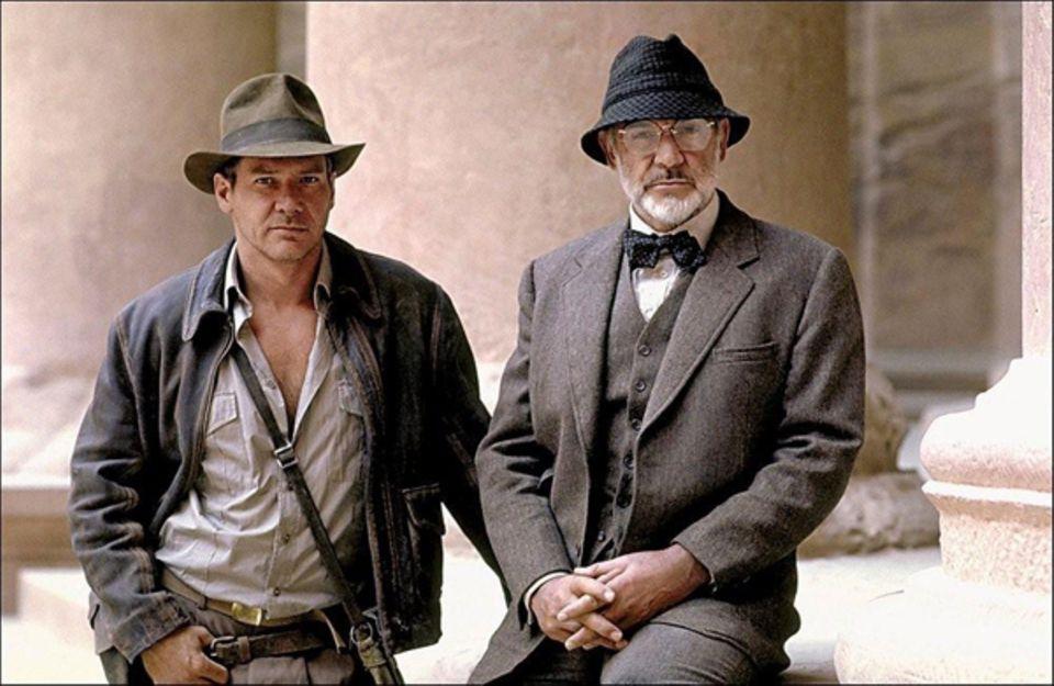 """In """"Indiana Jones und der letzte Kreuzzug"""" (1989) spielt Sean Connery Henry Joney, Indianas Vater."""