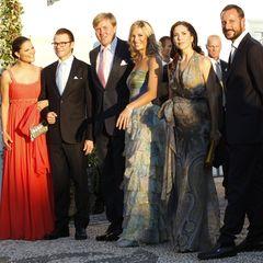 Der Hochadel Europas posiert für ein Gruppenfoto (v.l.n.r.): Prinzessin Victoria und Prinz Daniel von Schweden, Prinz Willem-Ale