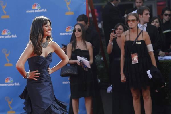 """""""Glee""""-Star Lea Michele hat das richtige Posieren geübt, um möglichst schlank auszusehen."""
