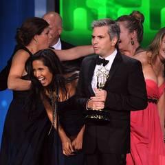 """Padma Lakshmi und ihre """"Top Chef""""-Kollegen sind ganz außer sich, dass Sie den Emmy für die Beste Reality-Wettbewerbs-Show bekomm"""