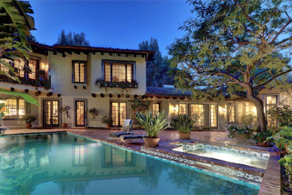 In dieses Haus in den Hollywood Hills soll Vanessa Paradis bald einziehen. Ihr Ex Johnny Depp hat die Villa Medienberichten zufo