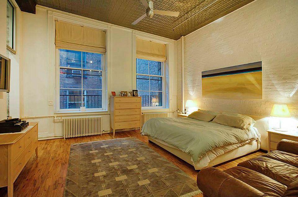 Adam Levine und Behati Prinsloo  Das Luxus-Townhouse im trendigen SoHo verfügt über drei Schlafzimmer.