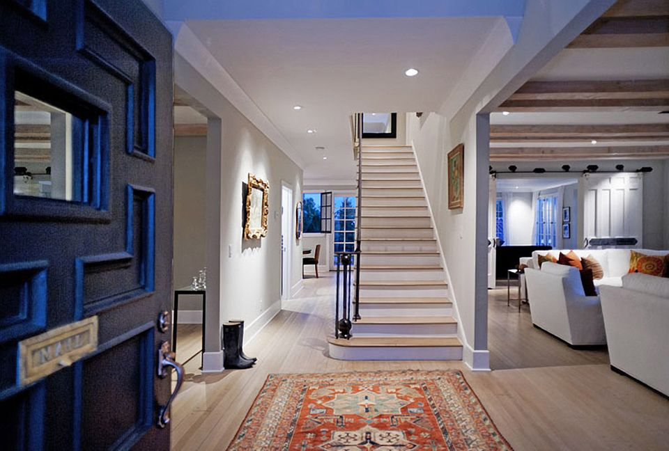 Michael C. Hall  Die Wohnfläche des Hauses beträgt ca. 522 Quadratmeter.