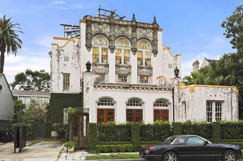 Beyoncé Knowles und Jay Z Carter  Hach, da wird man ja fast eifersüchtig! Jay Z und seine Angetraute haben sich in New Orleans für 2,6 Millionen US-Dollar eine neue Villa gekauft.