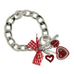 Schön verspielt: Das Armband von 21 Diamonds mit Schleife und kleinen Charms verbreitet Wiesn-Stimmung.