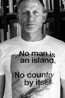 23. Juni 2016: In Großbritannien wird über den Verbleib des Königreiches in der EU abgestimmt: #Brexit oder #Bremain? Victoria Beckham und Daniel Craig stimmen dafür, Liz Hurley dagegen.