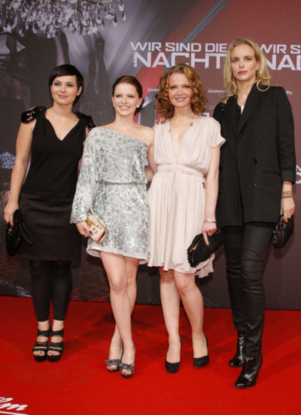 Frauenpower auf dem roten Teppich: Anna Fischer, Jennifer Ulrich, Karoline Herfurth und Nina Hoss.