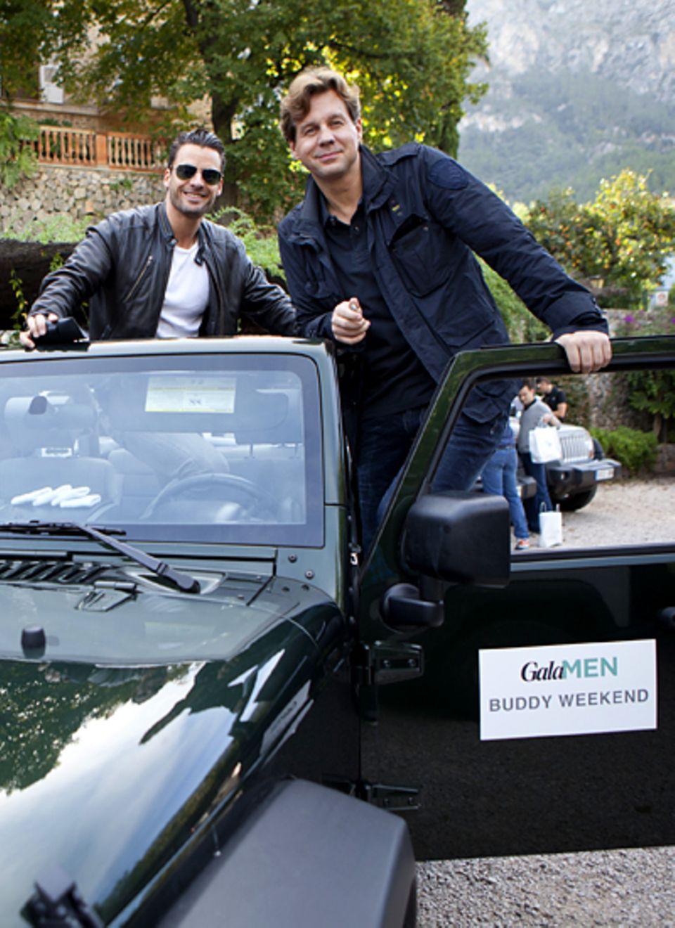 Gala MhEN Buddy Weekend: Die Schauspieler Tomas Heinze (r.) und Stephan Luca gingen als Team auf die Insel-Rallye.