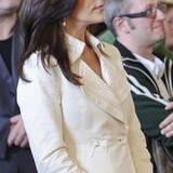 21. September 2010: Der Bauch wird immer größer, doch Prinzessin Marys Mode wächst mit: Der creme-farbene Mantel passt der Schwa