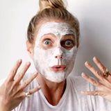 """Gwyneth Paltrows """"goop""""-Gesichtsreinigung scheint es in sich zu haben, das leichte Brennen beim Einwirken reinigt und lässt das Gesicht strahlen. Die Schauspielerin selbst kann ohne ihr """"Instant Facial"""" nicht mehr leben."""
