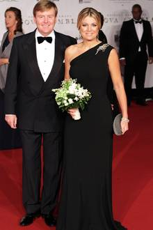 Prinzessin Máxima wählt für einen offiziellen Auftritt an der Seite ihres Mannes, Kronprinz Willem-Alexander, ein schlichtes, ab