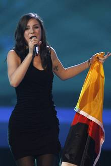 """Wir sind Lena: Mit """"Satellite"""" und ihrer im besten Sinne eigenwilligen Art siegte Lena beim """"Eurovision Song Contest"""", der erste"""