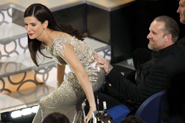 """Ein Bild wie aus einem anderen Leben: Sandra Bullock gewinnt am 7. März 2010 den Oscar als beste Hauptdarstellerin für """"The Blin"""