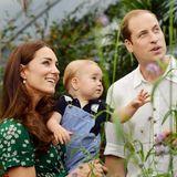 An Georges erstem Geburtstag beglückt uns die royale Familie mit zwei zuckersüßen Schnappschüssen des kleines Prinzen.