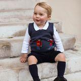 Rechtzeitig zu Weihnachten überraschen Prinz William und Herzogin Catherine mit drei neuen Bildern ihres Sohnes Prinz George.