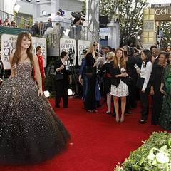 """""""Dr. House""""-Star Olivia Wilde begeisterte alle Anwesenden mit einem funkelnden Traum aus dunklem Tüll."""