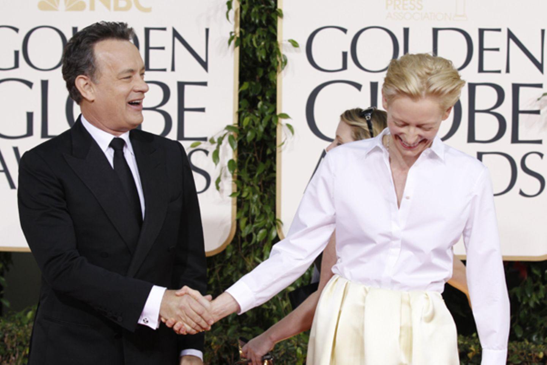 Tom Hanks schäkert mit Tilda Swinton.