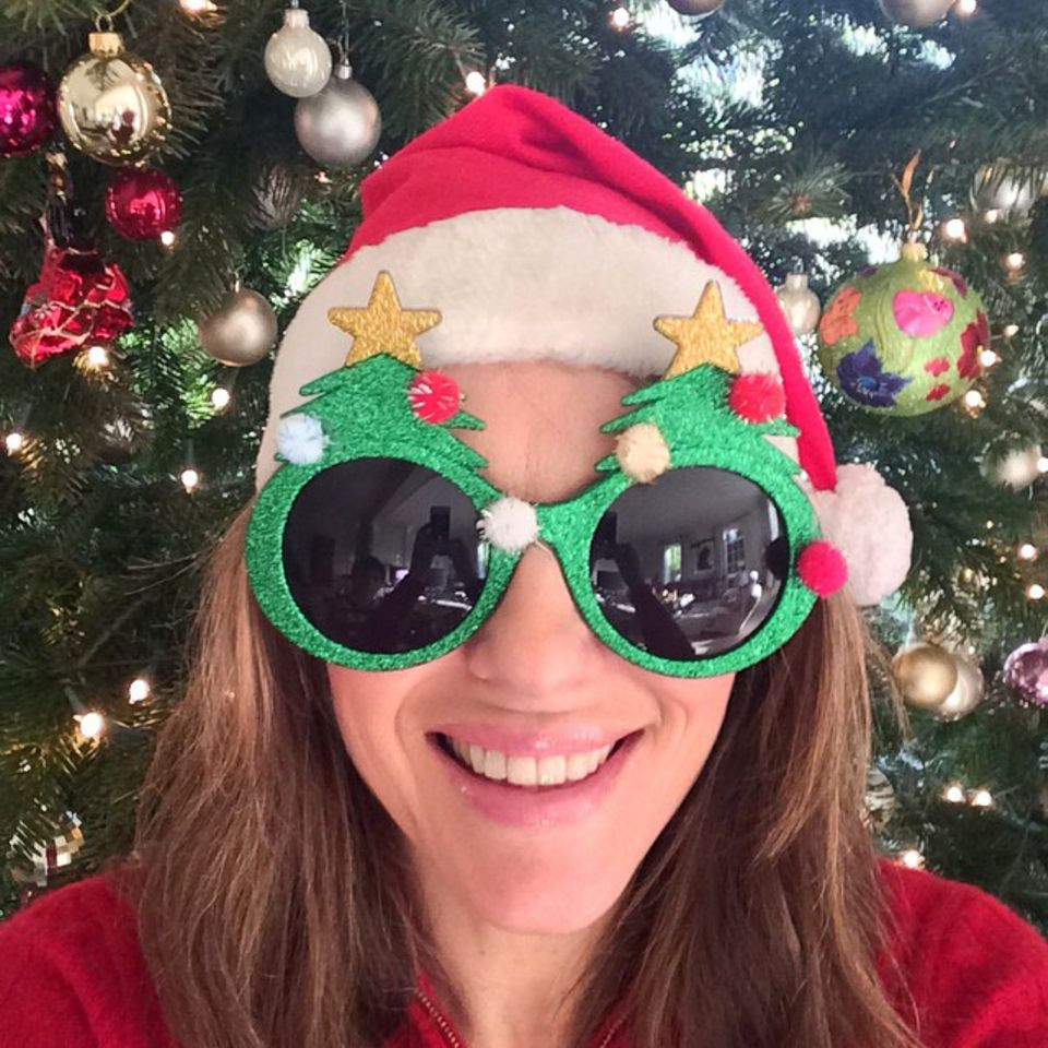 Liz Hurley hat Weihnachten den Durchblick.