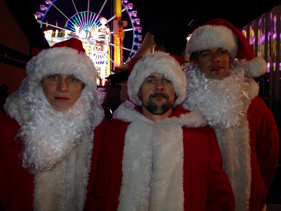 """Bei """"Circus HalliGalli"""" geht es weihnachtlich zu. Diesmal gibt es mit Matthias Schweighöfer, Klaas Heufer-Umlauf und Joko Winterscheidt viel zu lachen."""