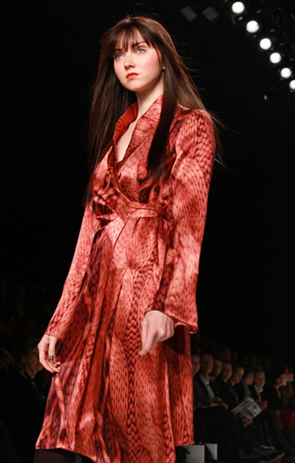 Fashion Week Berlin: Lily Cole für Anja Gockel Herbst/Winter 2011