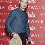 Clemens Schick huschte beim Gala Fashion Brunch im Marriott-Hotel förmlich über den roten Teppich