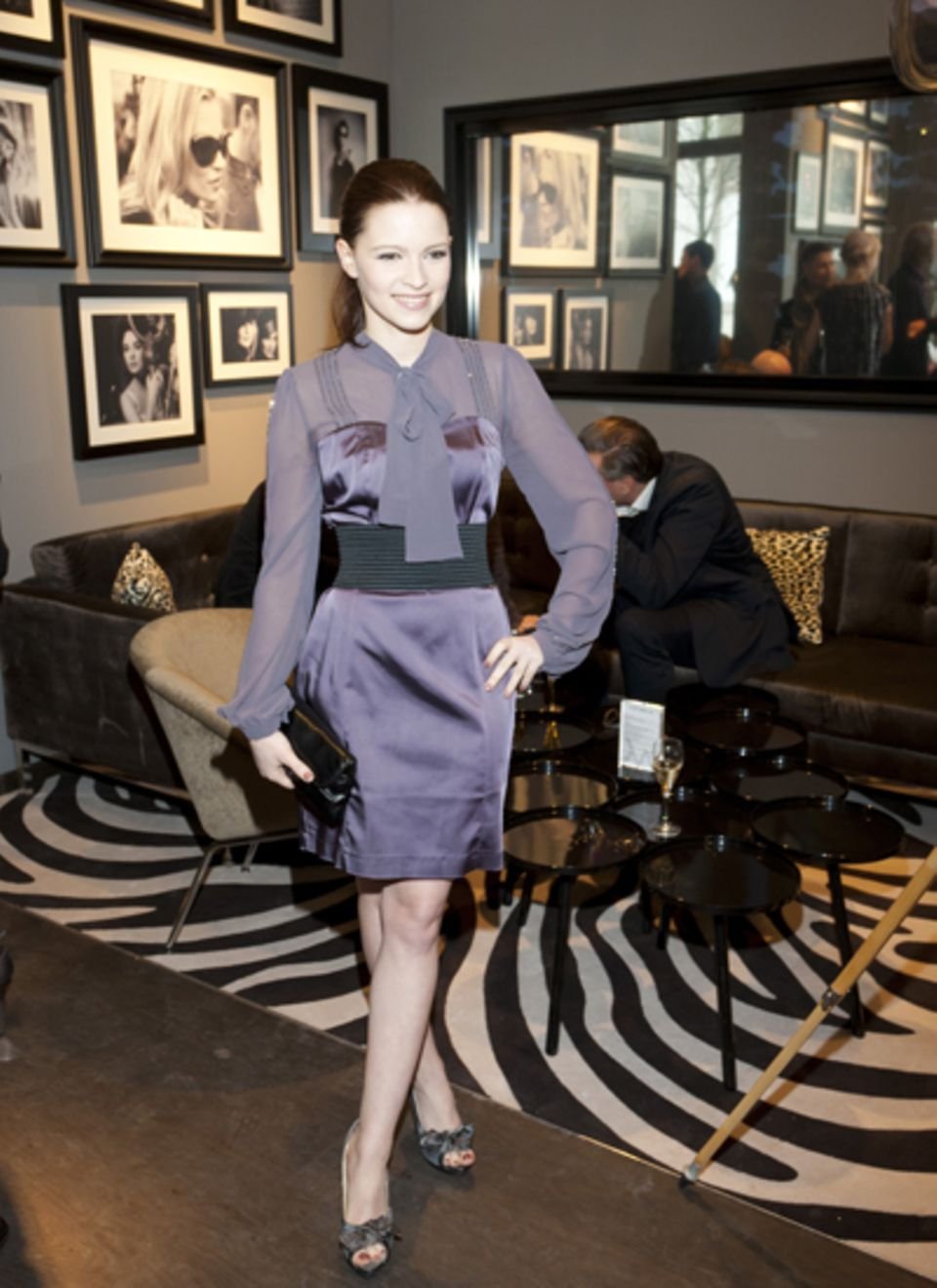 Schauspielerin Jennifer Ulrich posierte in der Catwalk-Bar für die Fotografen.