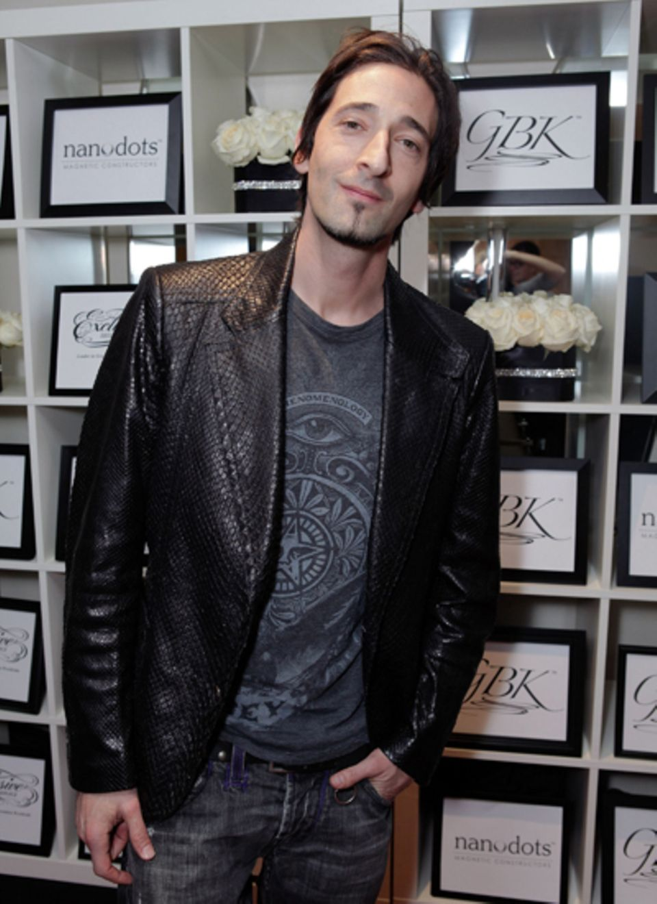 "Adrien Brody schaut mal in der ""The House of Hype LIVEstyle Lounge"" vorbei."