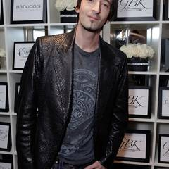 """Adrien Brody schaut mal in der """"The House of Hype LIVEstyle Lounge"""" vorbei."""