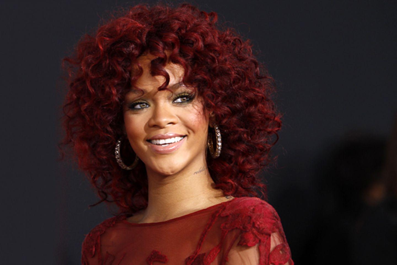 Geburtstage Februar: Rihanna - 20.02. (23 Jahre)