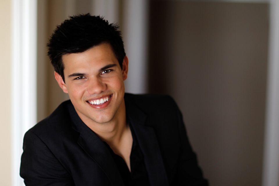 Geburtstage Februar: Taylor Lautner - 11.02. (19 Jahre)