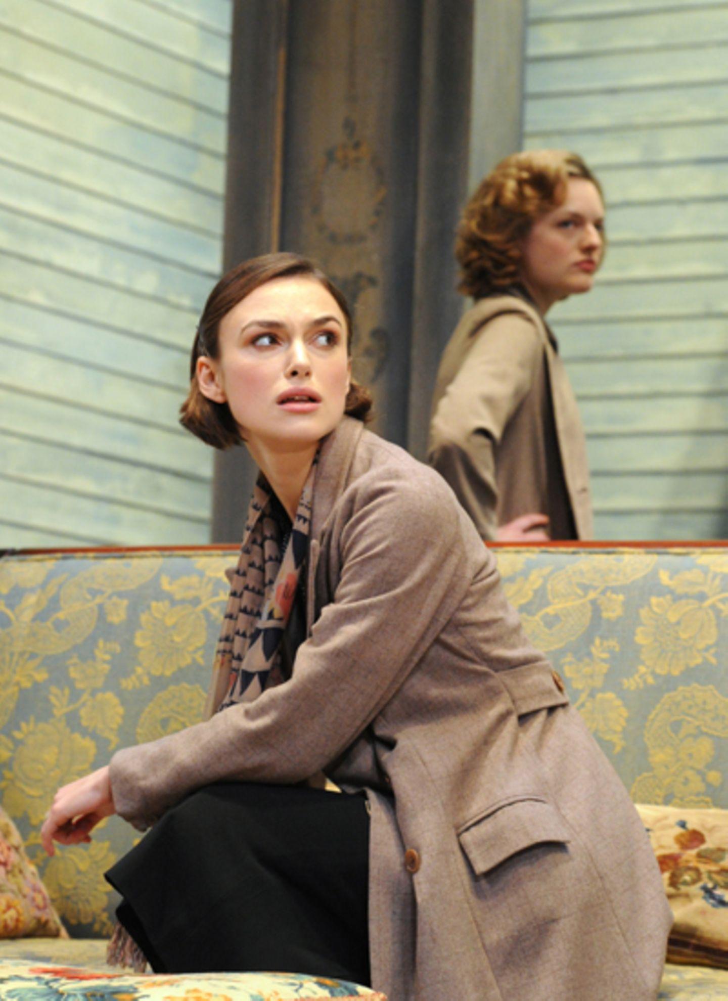 """Keira Knightley hat die Kinoleinwand gegen Theaterbühne getauscht. Die Schauspielerin steht für das Stück """"The Children's Hour"""""""