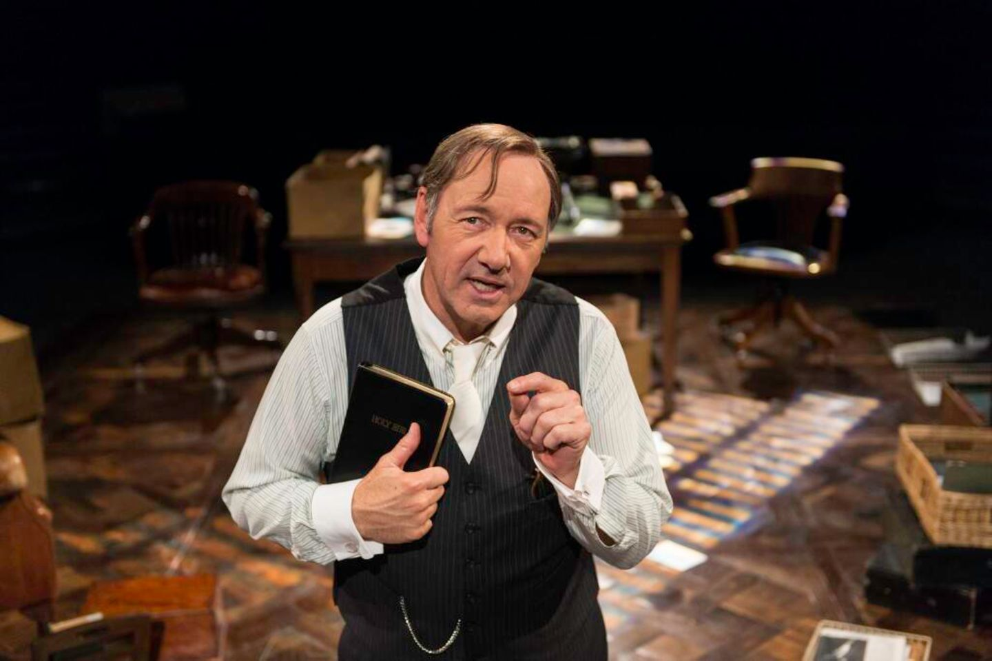 """Kevin Spacey spielt in London im """"The Old Vic Theatre"""" die Rolle des """"Clarence Darrow""""."""