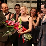 """Für den Bühnenklassiker """"Cabaret"""" am Broadway verkörpert nun Sienna Miller die Hauptfigur und bekommt dafür große Anerkennung."""