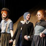 """Nellie Thalbach, Anna Thalbach und Katharina Thalbach feiern die Premiere des Theaterstuecks """"Roter Hahn im Biberpelz"""" in der Komoedie am Kurfuerstendamm."""