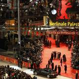 Die 61. Berlinale eröffnet am Potsdamer Platz.