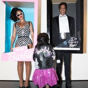 Beyonce Knowles und Jay-Z verkleidet als Barbie und Ken - und das auch noch originalverpackt!