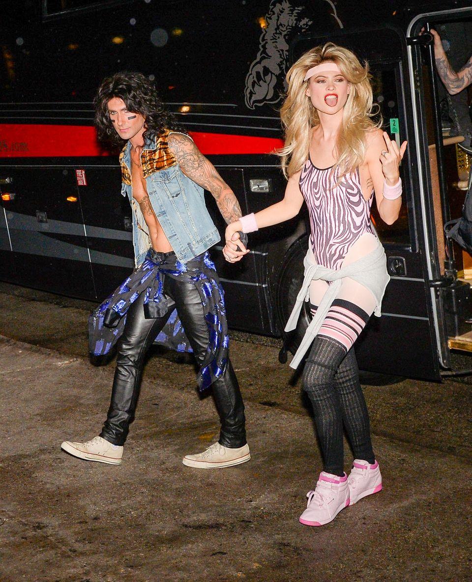 Adam Levine und Behati Prinsloo feiern in Los Angeles mit Freunden Halloween.