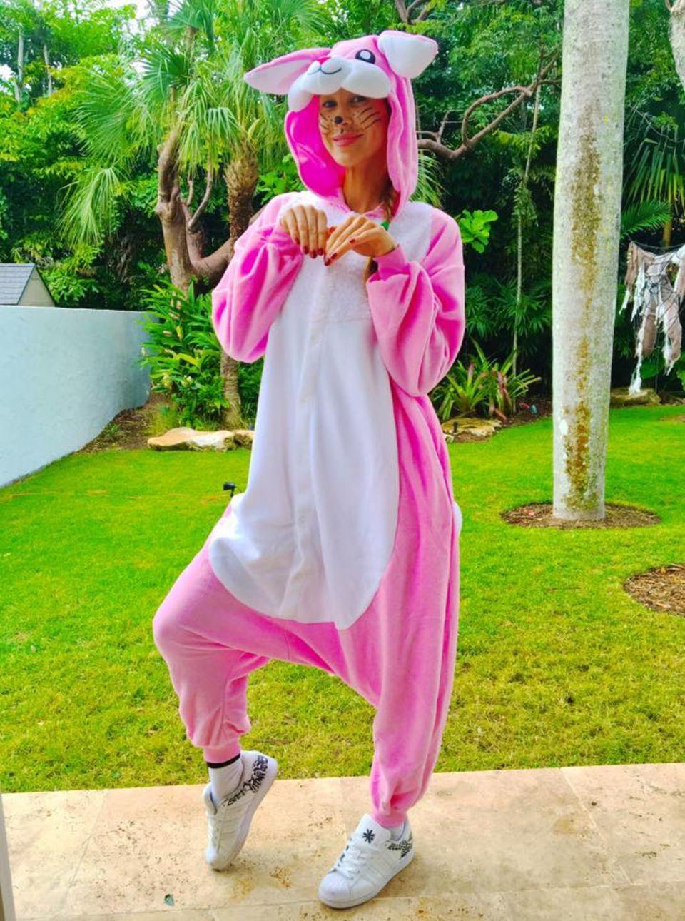 Dass passiert, wenn Alessandra Meyer-Wölden ihre Kids entscheiden lässt, was sie zu Halloween tragen soll.