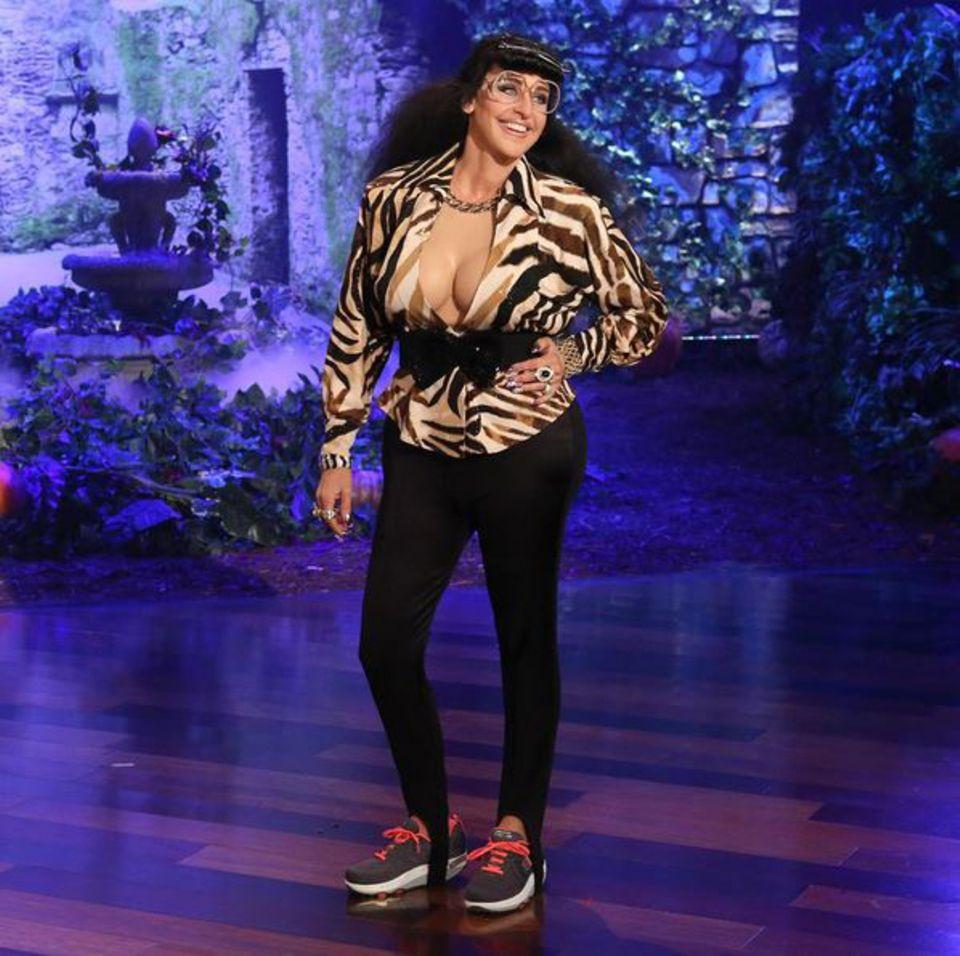 """Der Kardashian-Clan hat Zuwachs bekommen. Talkshow-Queen Ellen DeGeneres verwandelt sich in """"Karla Kardashian""""."""