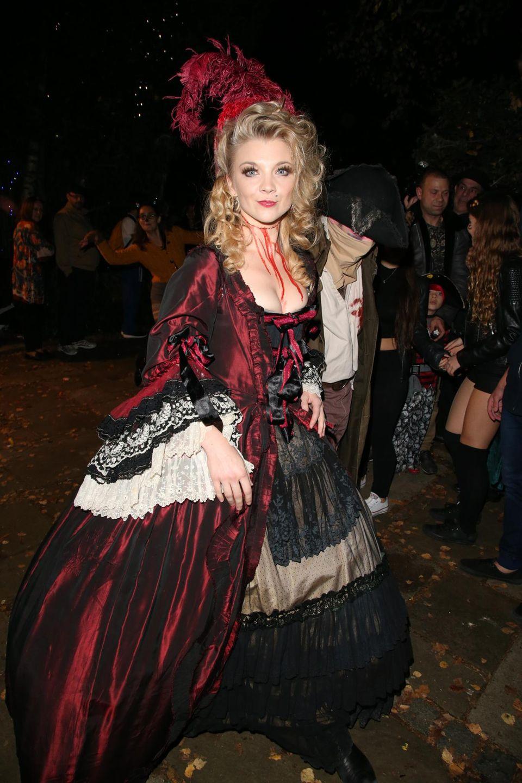 "Natalie Dormer kommt als Untote zu ""Jonathan Ross' Halloween Party"" in London."