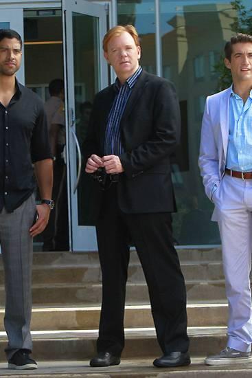 """Seriös und stilsicher treten die """"CSI: Miami""""-Ermittler Eric Delko (Adam Rodriguez), Horatio Caine (David Caruso) und Ryan Wolfe"""