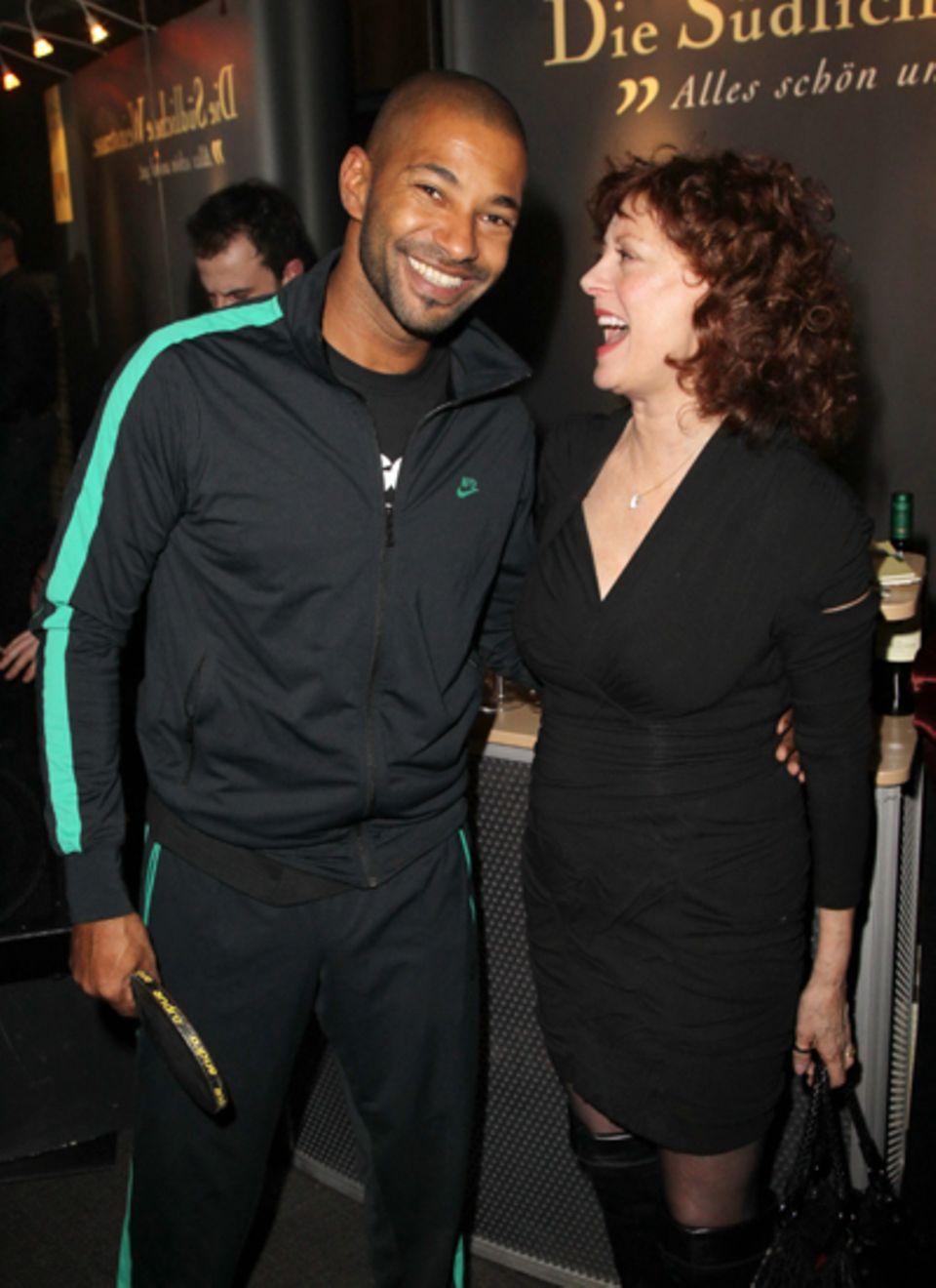 Tyron Ricketts Trainingsanzug scheint Susan Sarandon sehr zu begeistern.