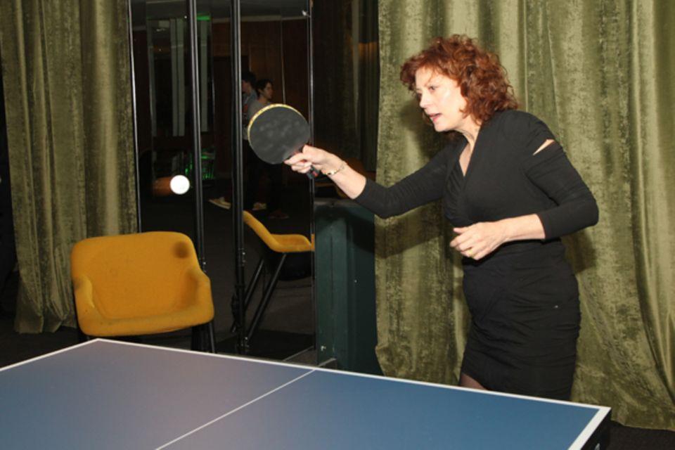 Susan Sarandon ist mittlerweile schon ein Profi an der Platte.