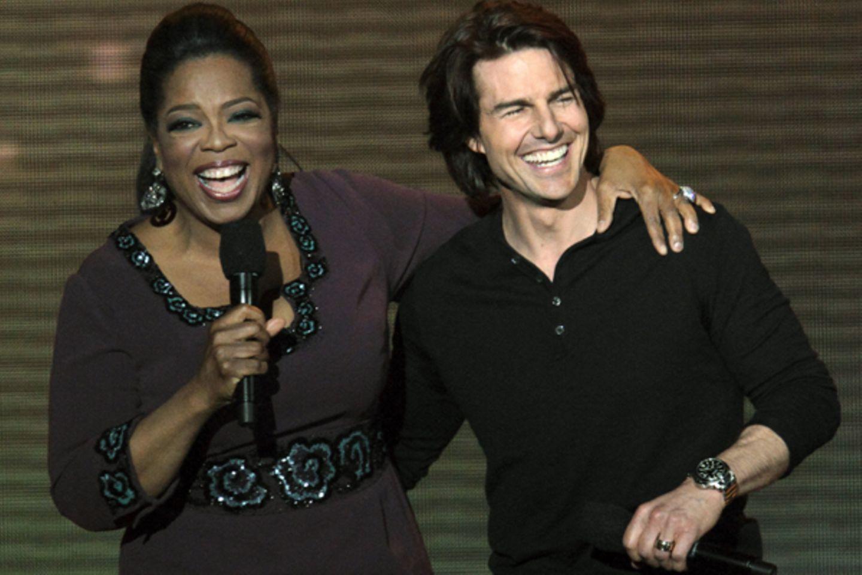 Oprah Winfrey freut sich über ihren neuen Gast Tom Cruise.