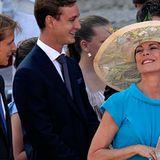 Prinzessin Caroline und ihre Söhne Andrea und Pierre Casiraghi geben sich ausgelassen.