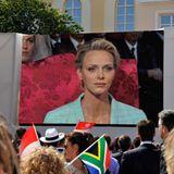 Die Monegassen werfen einen ersten öffentlichen Blick auf die Braut.